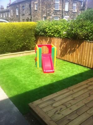 Front Garden - Artificial Lawn