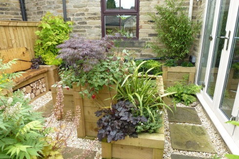 Garden design leeds west yorkshire new leaf gardens for New garden design